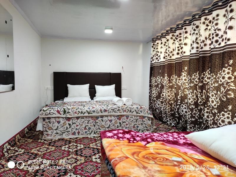 rooms chinar palace (1)