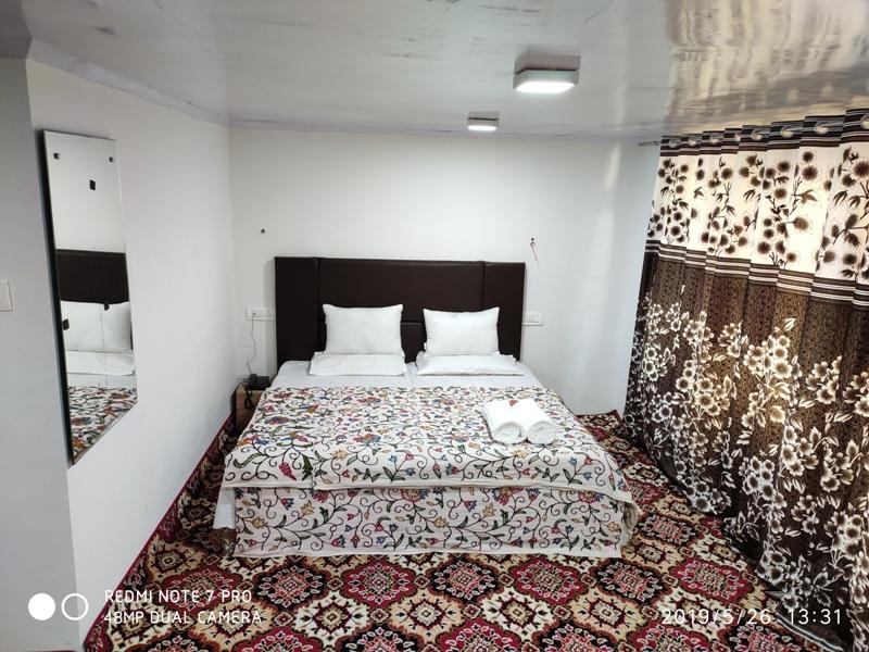 rooms chinar palace (2)